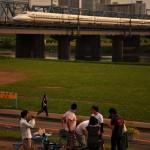 【Tokyo Train Story】多摩川土手でバーベキュー