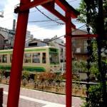 【Tokyo Train Story】鳥居をくぐる都電荒川線