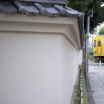 【Tokyo Train Story】目白庭園の白壁と西武池袋線