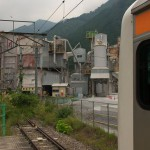 【Tokyo Train Story】電車を降りたら工場萌え