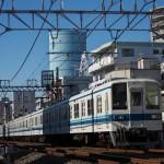 【Tokyo Train Story】東武電車に落ちる影