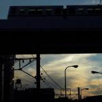 【Tokyo Train Story】夕焼け空のその上に