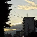 【Tokyo Train Story】太陽が隠れてしまう夕暮れ空