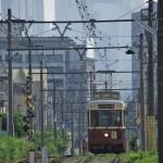 【Tokyo Train Story】新宿の高層ビル群を背景にして都電が走る