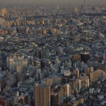 【Tokyo Train Story】サンシャイン60から東京スカイツリーと都電荒川線を望む