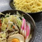東京シャッターガール写真展が開催されている駒込のアルティザンTOKYOの近くの食事処情報 とにかくたくさん食べたい人にはぴったり!米沢ラーメン愛愛の野菜つけめん
