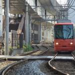 【Tokyo Train Story】新幹線高架下のS字カーブ(都電荒川線)
