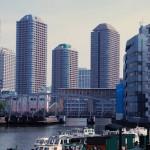 高層マンション群のすぐ近くに残る佃の下町風景 佃から春海橋への東京路地裏散歩 その1