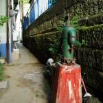 品川区北品川の井戸ポンプ2つ