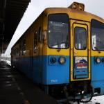 カラフルな車両が雪原をトコトコ走る由利高原鉄道に乗車 冬の青森秋田紀行 その20