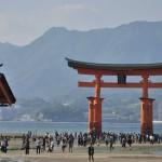 干潮時に厳島神社の大鳥居を目指す 広島尾道満喫の旅 その8