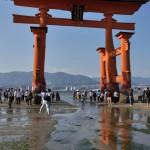 安芸の宮島で厳島神社の大鳥居をたっぷりと撮影する 広島尾道満喫の旅 その9