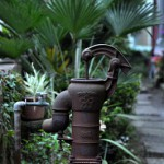 豊島区南池袋3丁目 ポキリと折れた井戸ポンプ