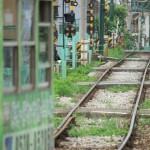 【Tokyo Train Story】緑の電車と緑の線路敷(都電荒川線)