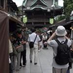 柴又帝釈天で猿回しの大道芸を見る 柴又散策2012 その2