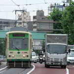 【Tokyo Train Story】都電とトラックの競争?