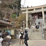 雪が舞う中武蔵御嶽神社で初詣 奥多摩ハイキングフリーきっぷの旅 その6