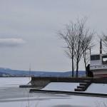 結氷した諏訪湖の冬景色 冬の諏訪湖への旅 その2