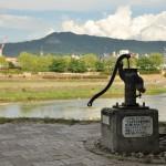 賀茂川沿いの井戸ポンプと築地のコークフロート 夏の京都旅行2012 その29