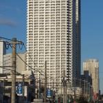 【Tokyo Train Story】高層マンションの下で(都電荒川線)