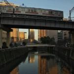 【Tokyo Train Story】目黒川を渡る東急池上線