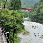 氷川渓谷の吊り橋と登計集落 氷川渓谷・愛宕山散策コース その3