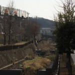 【Tokyo Train Story】程久保川沿いの道(多摩都市モノレール)