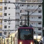 【Tokyo Train Story】雪の坂道を下り始める都電荒川線