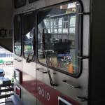 【Tokyo Train Story】東急東横線渋谷駅に停車中の列車の窓ガラス