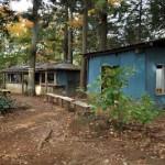 小仏峠近くの廃墟と化した茶屋を通る 高尾山から相模湖へ その5