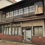 坂町駅周辺に残る木造家屋 元気が出る鉄道写真2011の旅 その17