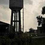 新潟県の坂町駅に残る給水塔、扇形車庫、そして転車台 元気が出る鉄道写真2011の旅 その16