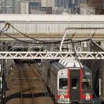 【Tokyo Train Story】高層ビル群を背景に走る東急池上線
