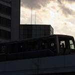 【Tokyo Train Story】夕焼け空をバックにしたゆりかもめ