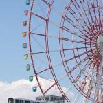 【Tokyo Train Story】お台場の観覧車の真下を走るゆりかもめ