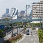 【Tokyo Train Story】レインボーブリッジを向こうに走るゆりかもめ