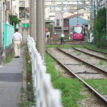 【Tokyo Train Story】都電の線路脇の小道