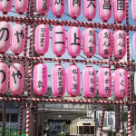 【Tokyo Train Story】大塚駅前の阿波踊りの提灯(都電荒川線)