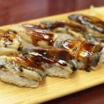 台東区谷中の乃池で食べた穴子寿司はこれまでの人生で食べた穴子の中で最高のものだった!