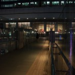 【Tokyo Train Story】ビルと同化する夜のゆりかもめ