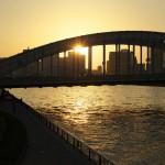 隅田川に架かる勝鬨橋の夕暮れ風景を撮影する 『佃・月島・築地 #AMNフォトウォーク 』 その9