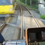 【Tokyo Train Story】東急世田谷線の車内から流れ行く後方の景色を眺める