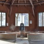 四万温泉の温泉は飲んでも美味しい ゆずりは飲泉場での飲泉と足湯体験 『四万温泉の積善館への旅』 その16(最終回)