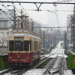 【Tokyo Train Story】雪の日に都電荒川線レトロ風車両が走る