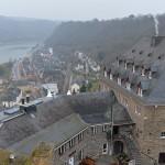 廃墟となったラインフェルス城の塔の上からドイツ鉄道やライン川を行き来する船を眺める  『ドイツ路地裏散歩の旅』 その42 #ANAxトラベラーズ