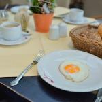 ロマンティックホテル シュロス ラインフェルスでの朝食は美味しい料理とみごとなライン川の眺めで大満足  『ドイツ路地裏散歩の旅』 その40 #ANAxトラベラーズ
