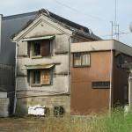 清水の路地裏で井戸ポンプとネコと静岡鉄道を撮影する 『清水路地裏散歩の旅』 その3