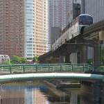 【Tokyo Train Story】ビルとビルの谷間(東京モノレール)