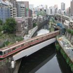 【Tokyo Train Story】聖橋からのダイナミックな鉄道風景(丸ノ内線)