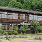 これぞ木造校舎!妻籠宿の高台に残る旧妻籠小学校 『夏の長野旅2015』 その12